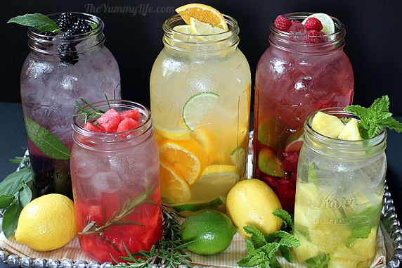 How to Enjoy Water with Our 4 Healthy Drink Recipes