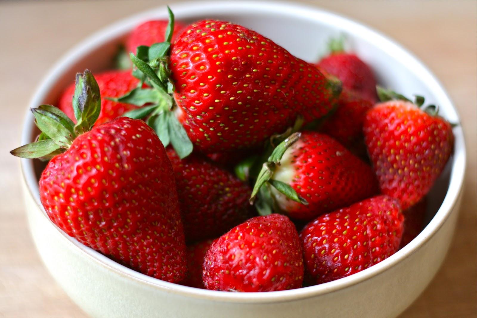 7 Surprising Health Benefits of Strawberries