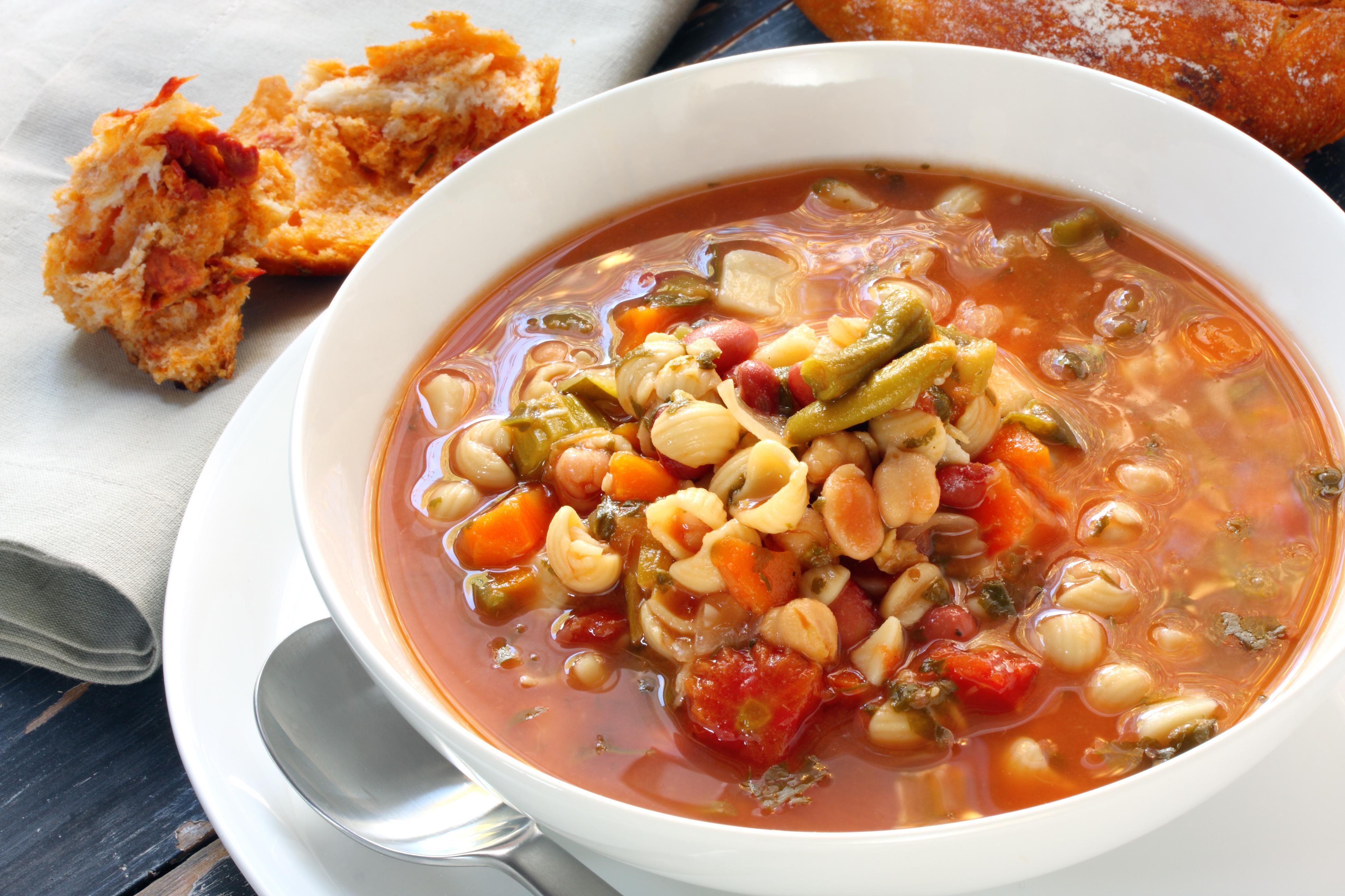 Homemade Vegetable Minestrone Soup
