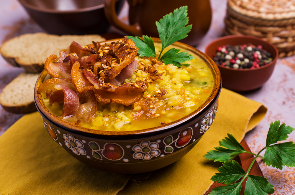 Lentil Soup With Crispy Bacon