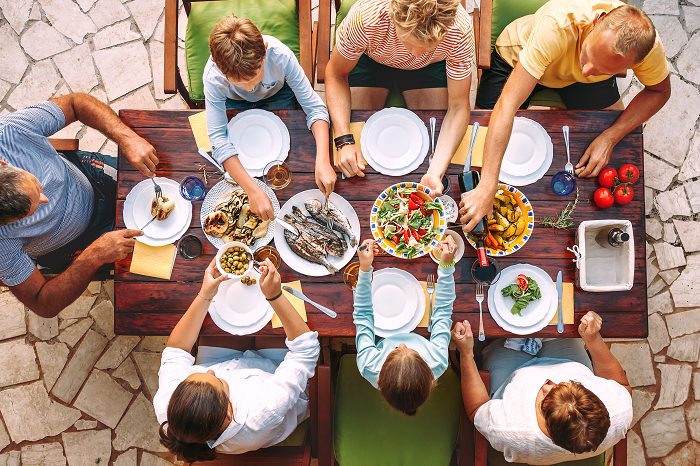 How Eating At The Table Could Help You Lose Weight